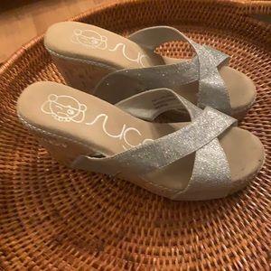 Bongo Sugar Sandal Wedge 8.5 Glitter Some Wear